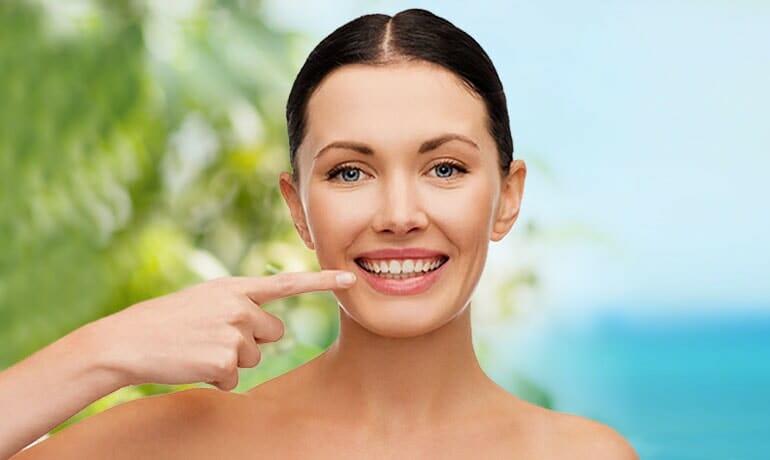 Come funziona lo sbiancamento dei denti professionale