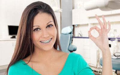 Apparecchio denti per adulti e bambini: tipologie, opinioni e costi