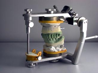 Articolatore- protesi mobili e fisse